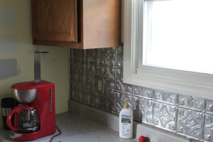No good.  Step 1 - the backsplash goes away.